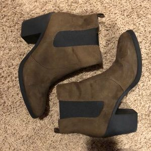 H&M Brown Suede Heeled Ankle Boot